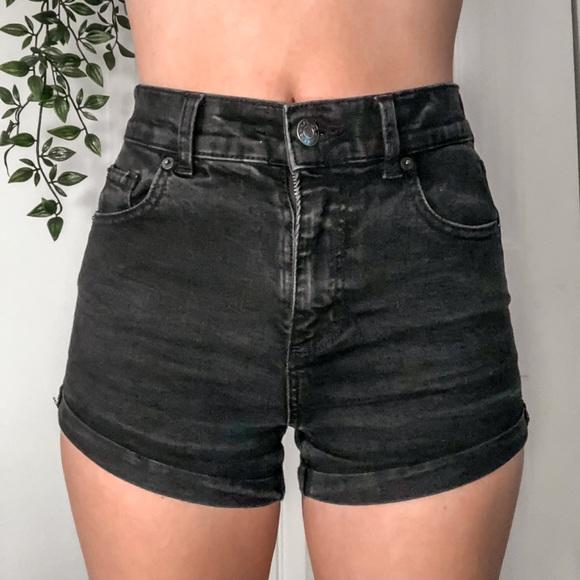 GARAGE Denim Shorts ★★
